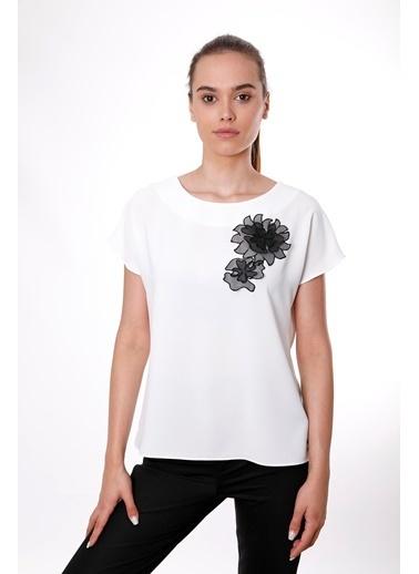 Clıche  İndigo Organze Çiçek Motifli Kısa Kollu Bluz Beyaz